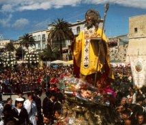 Foto: Sint Nicolaasprocessie in Bari